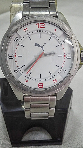 reloj puma  modelo-pu103511002 carátula blanca
