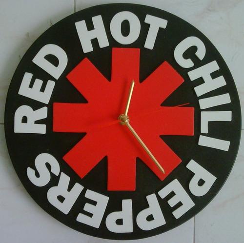 reloj red hot chili en madera realizamos cualquier diseño.!!
