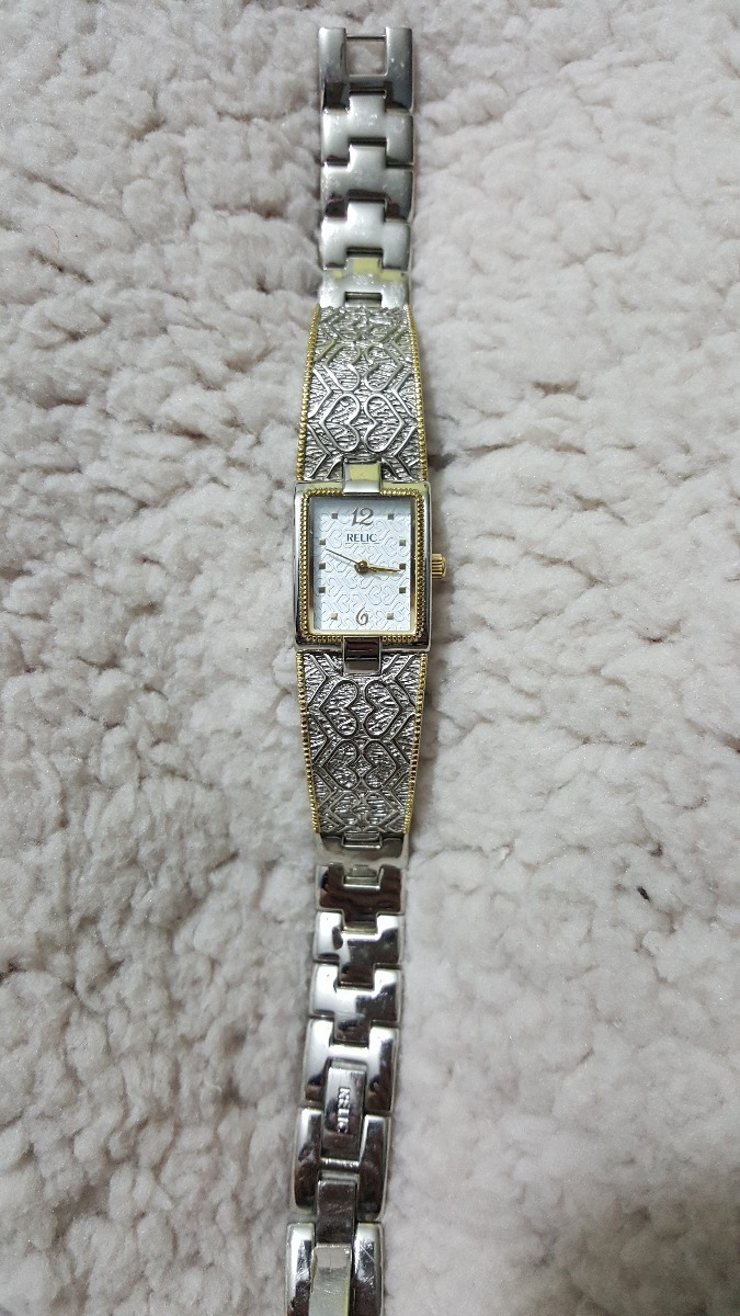 4b59bbd47529 Reloj Relic De Corazones Para Mujer Plateado -   600.00 en Mercado Libre