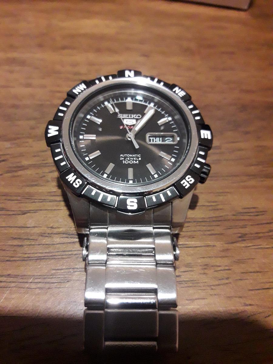 a4bc1a459 reloj seiko 5 sports automático - wr 100m - diver - flamante. Cargando zoom.