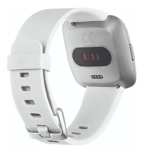 reloj smartwatch fitbit versa lite blanco + plata
