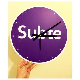 Reloj Subte (púrpura)