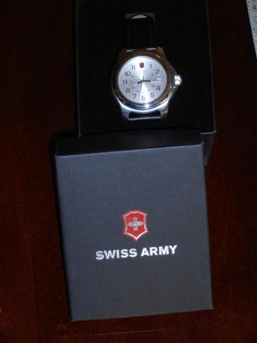 reloj suizo swiss army