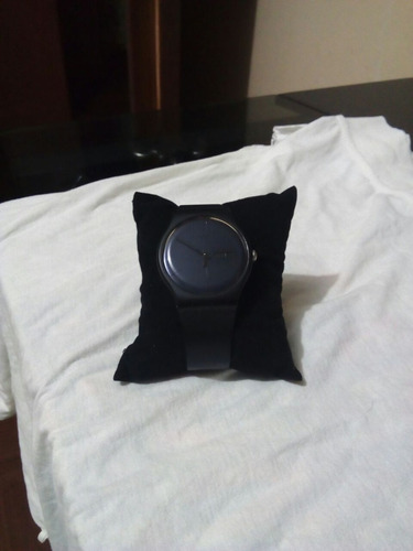 reloj swatch black rebel