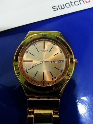 reloj swatch charcoal dorado - original