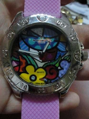reloj tech esfera plateada dial multicolor correa caucho ros