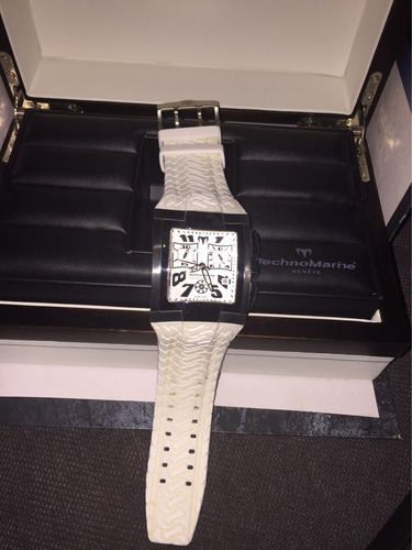 reloj technomarine hummer caucho blanco suizo