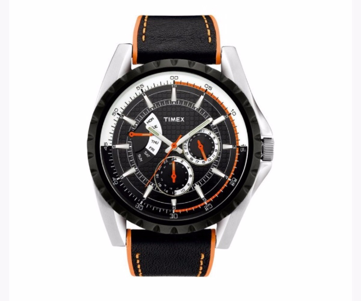 3d838af4fbcc reloj timex t2m428 negro con naranja para hombre. Cargando zoom.