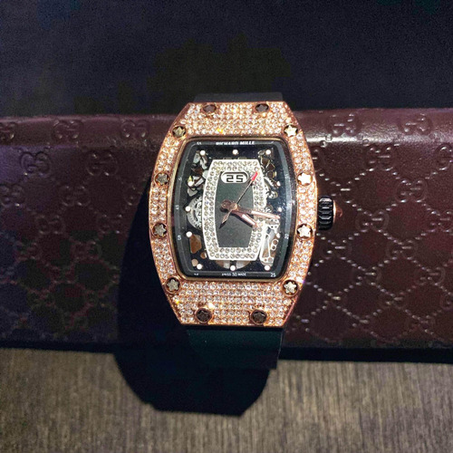 reloj tipo richard mille con diamantes