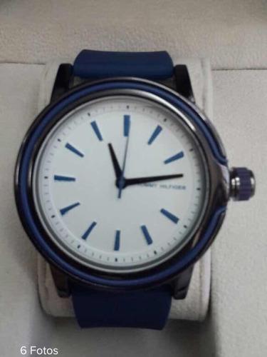 reloj  tommy hilfiger de goma para caballero exclusivo