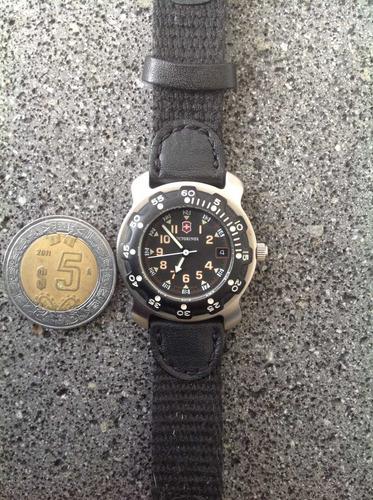 reloj victorinox dama. cuarzo. original. casi nuevo ¡véalo!