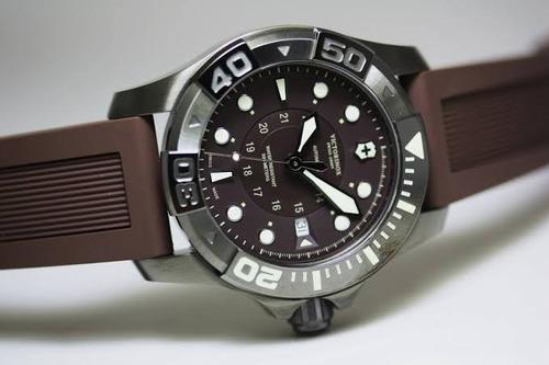 reloj victorinox dive master 500