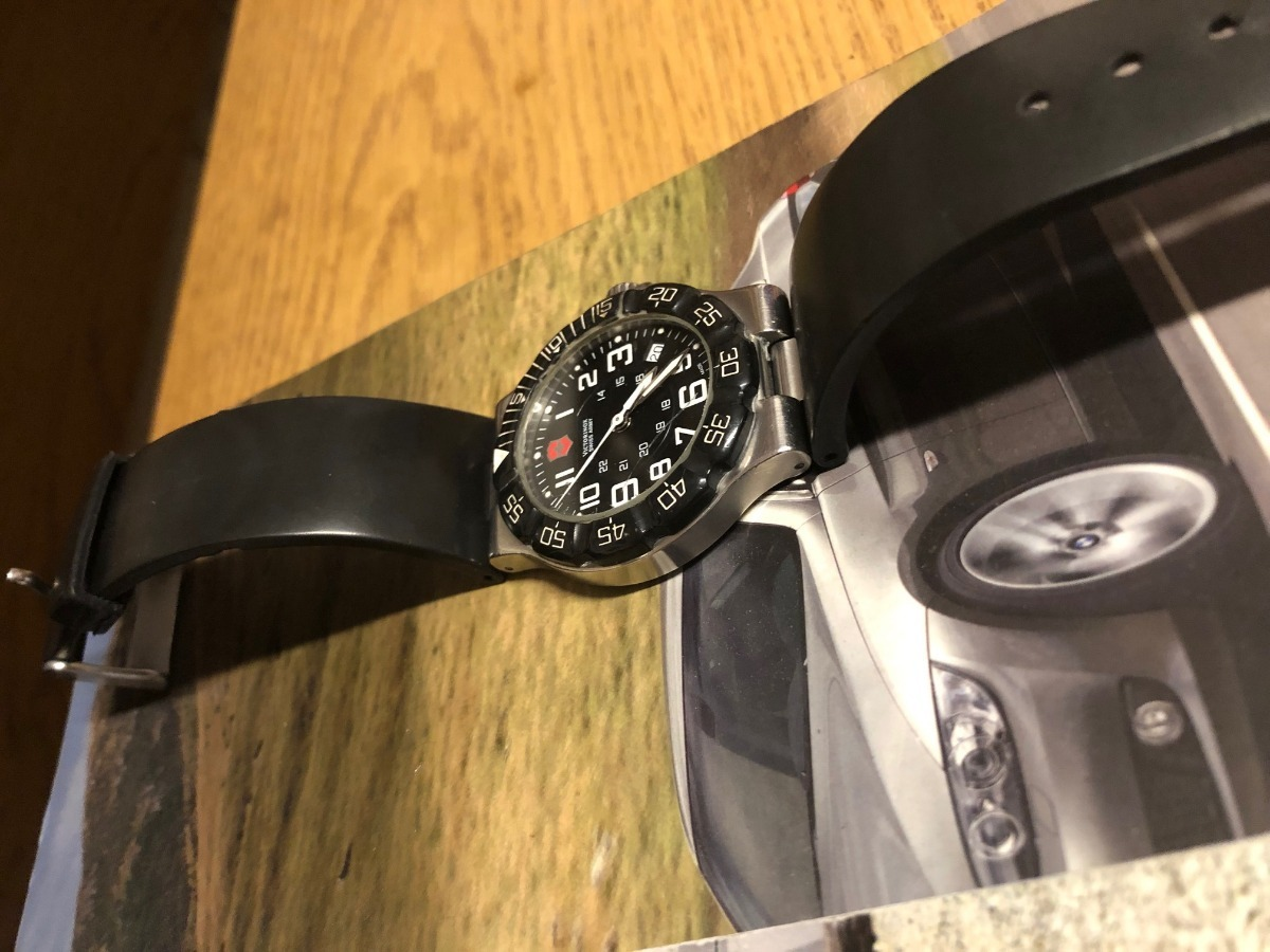 reloj victorinox swiss army summit xlt 241343 black dial. Cargando zoom. d81394324f7