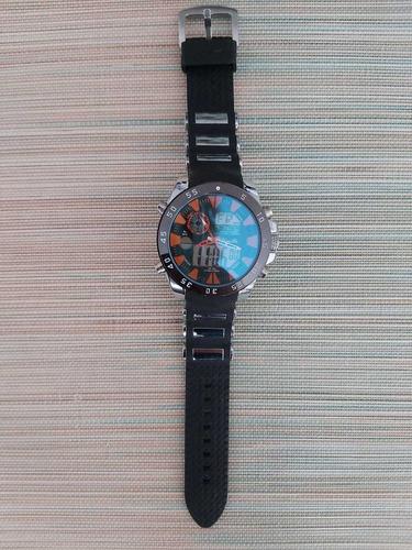 reloj yong lin