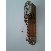 Reloj De Péndulo En Madera Calada