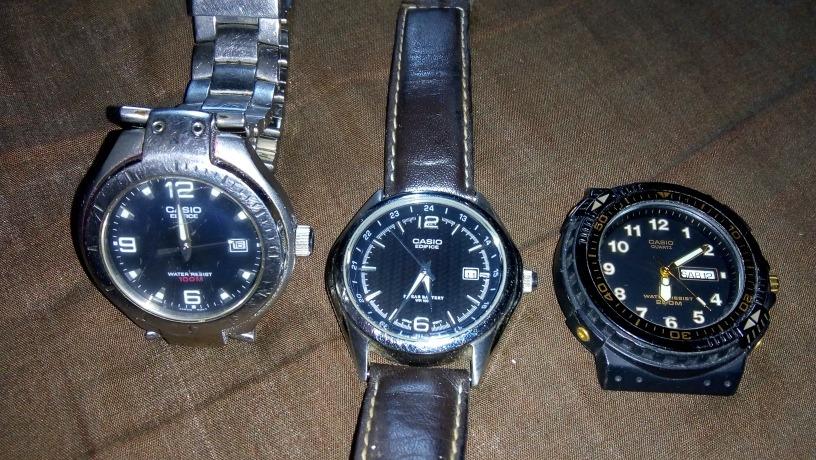 b41fdb2fdff7 relojes casio buenos sin batería y para hacerles servicio. Cargando zoom.