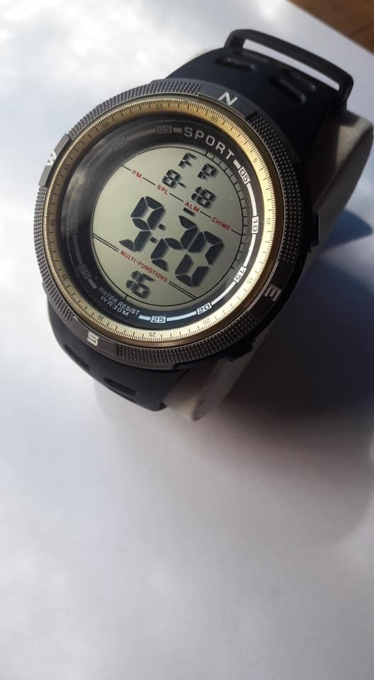 a5840a38a3ec Relojes Deportivos Baratos -   10.000 en Mercado Libre