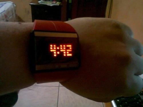 relojes led 100% tactil touch. redondos y cuadrados