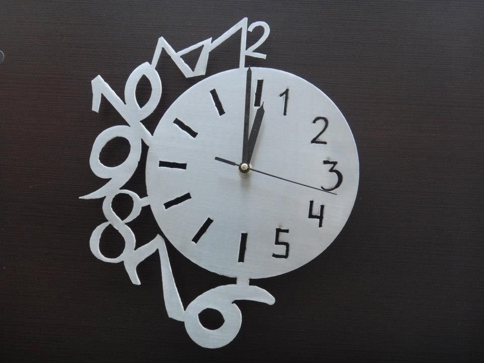 Relojes minimalistas de pared con dise os modernos 150 for Relojes de salon modernos
