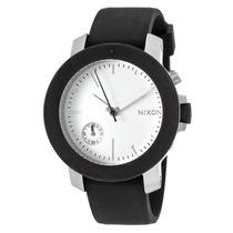 Reloj Nixon Es Raider Black Silicone White Dial Crystal
