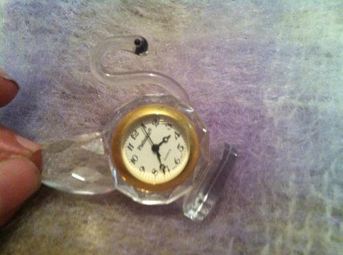 relojito miniatura cisne cristal