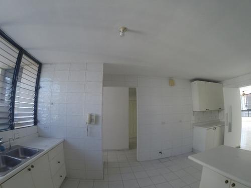 rematamos espectacular apartamento en marbella, vista al mar