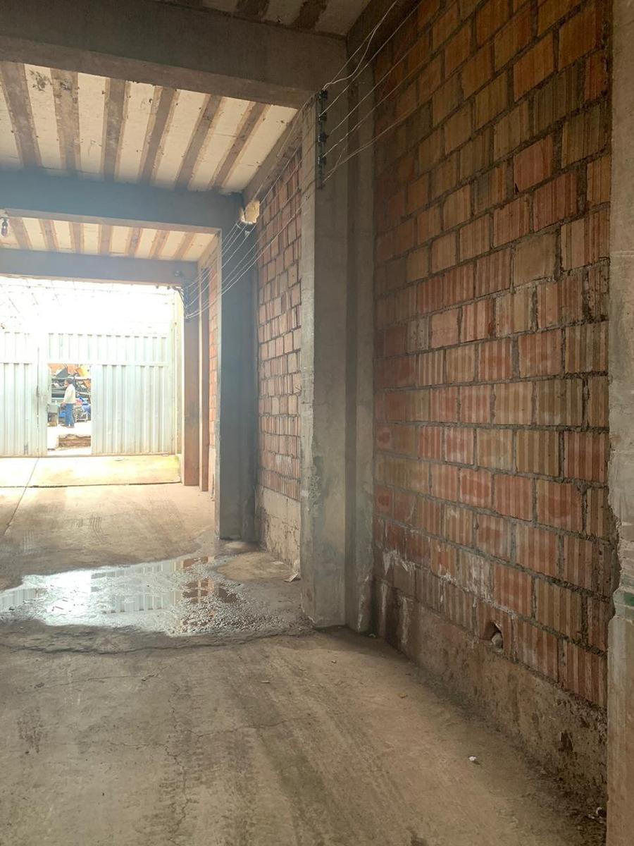 remate de inmueble -  de 500 metros con almacen techado