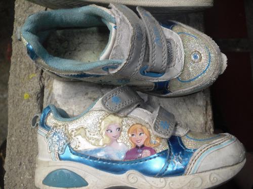 ´remate de zapatos de niña usados