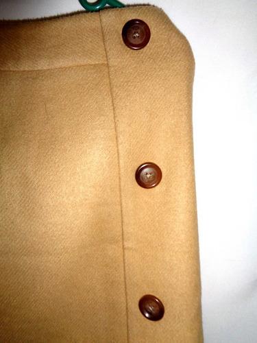 remate linda falda corta color  beige talla grande