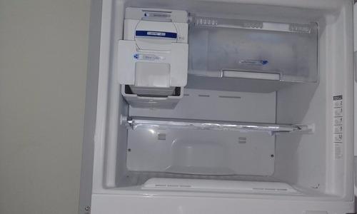 remate refrigeradora whirlpool de 440 lts buena marca