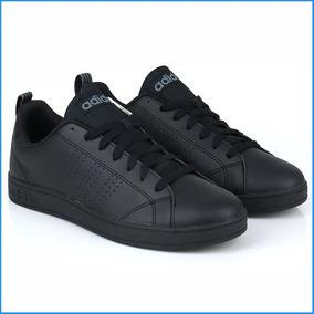 zapatilla negra adidas