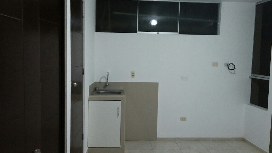 remato 3er piso y aires 100 m2 vmt zona comercial