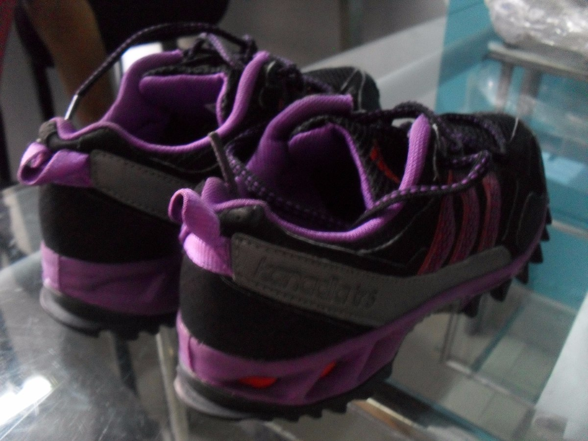 Remato!! Como Nuevas Zapatillas adidas Kanadia Tr5 Para Dama - S  9 ... 14a58a7cf49eb