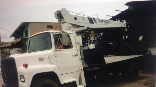 remato grua national 337 af, sobre camion ford 8000, cat3208