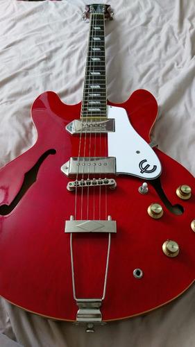 remato guitarra eléctrica epiphone casino