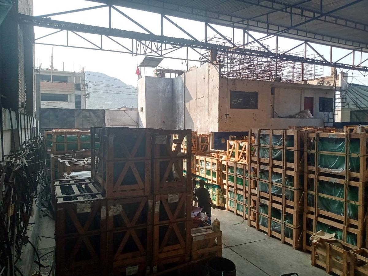 remato local industrial 1,000 m² en campoy