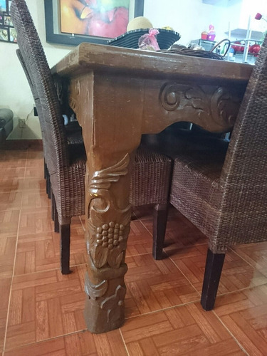 remato mesa comedor 8 personas de madera tallada