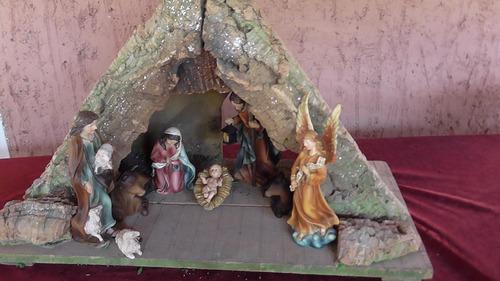 remato nacimiento  portal de pesebre en madera