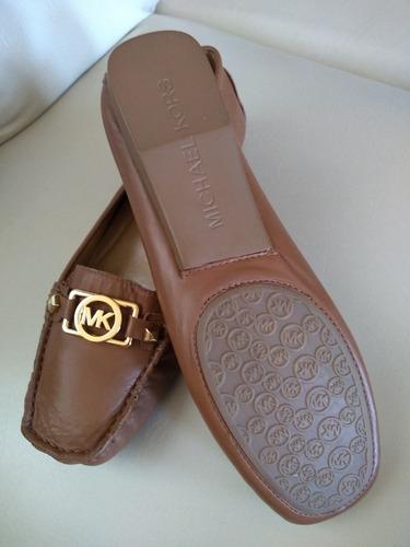¡¡¡remato!! ropa y zapatos en lote todo a un solo precio!!!!