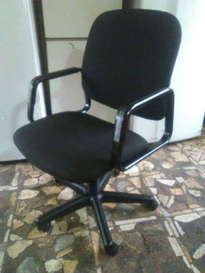 Remato sillas giratorias para oficina s 120 00 en for Sillas de oficina peru