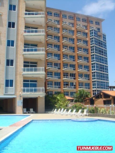 remax costa azul vende apartamento edificio puerto varadero