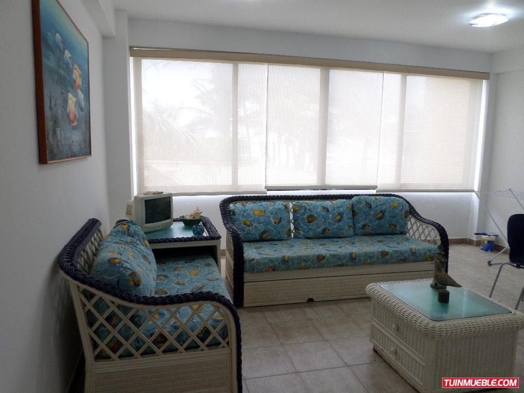 remax costa azul vende apartamento en edificio portal baech