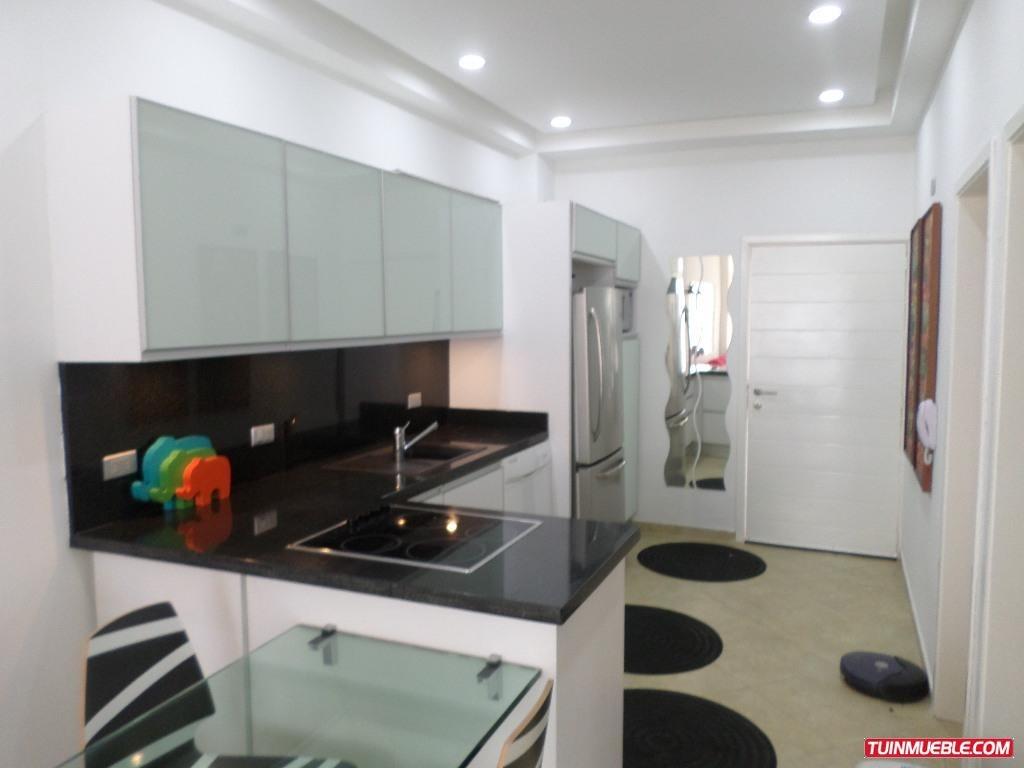 remax costa azul vende apartamento en edificio roca marina