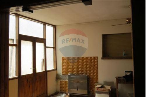 re/max revoluciona vende casa en general  roca