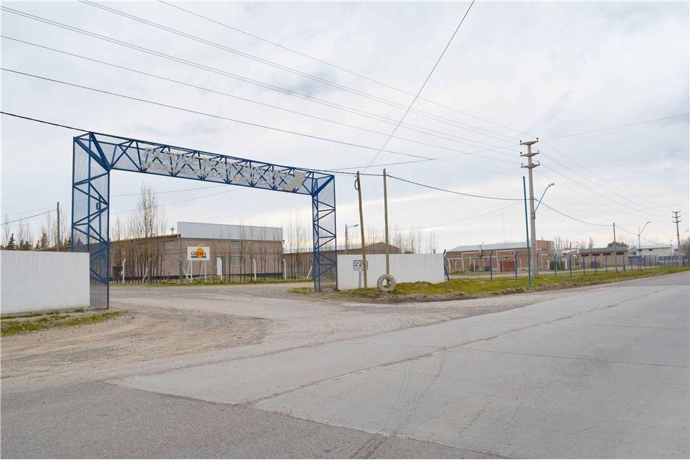 re/max revoluciona vende en parque industrial
