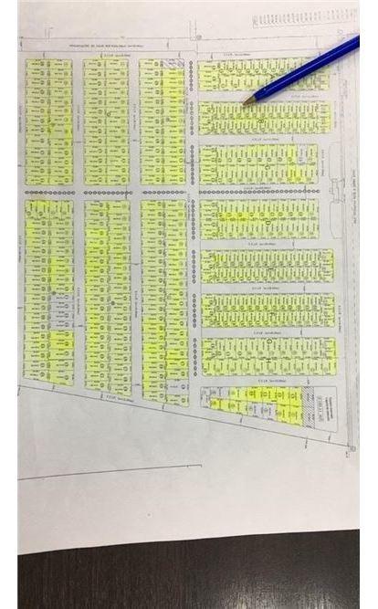 remax solutions vende lote en barrio la quebrada.
