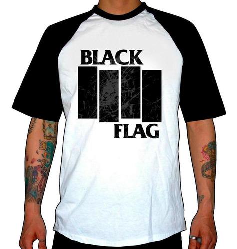 remera combinada black flag  damaged