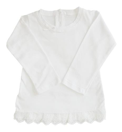 remera de bebe manga larga con encaje broderie y moño blanca
