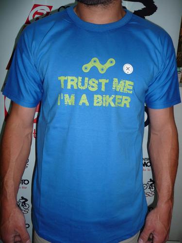 remera de ciclismo casual