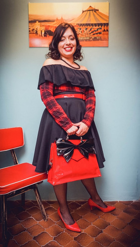 remera escocés rojo negro volado manga larga pin up retro